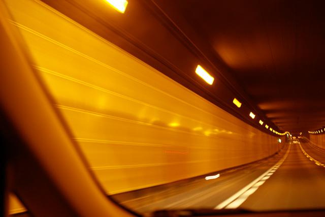 090203tunnel.jpg